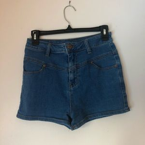 High waisted BDG denim super short shorts size 27